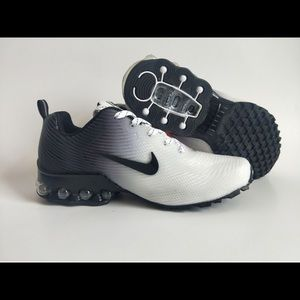Women's Nike air shocks running shoes